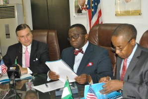 L-R, US Ambassador to Nigeria, Amb Stuart Symington, Minister of Health Prof Isaac Adewole and Director General, National Agency for the Control of AIDS Dr Sani Aliyu during the Signing of MOU on Nigeria HIV/ AIDS Indicator and Impact Assesment Survey in Abuja on Thursday