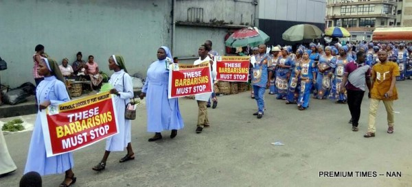 Catholic faithful and other Christians during a peaceful prayerful procession to protest the killing of Catholic Priests and other Christians in Benue State in Port Harcourt on Tuesday (22/5/17).02697/22/5/2018/Chidi Ohalete/ICE/NAN