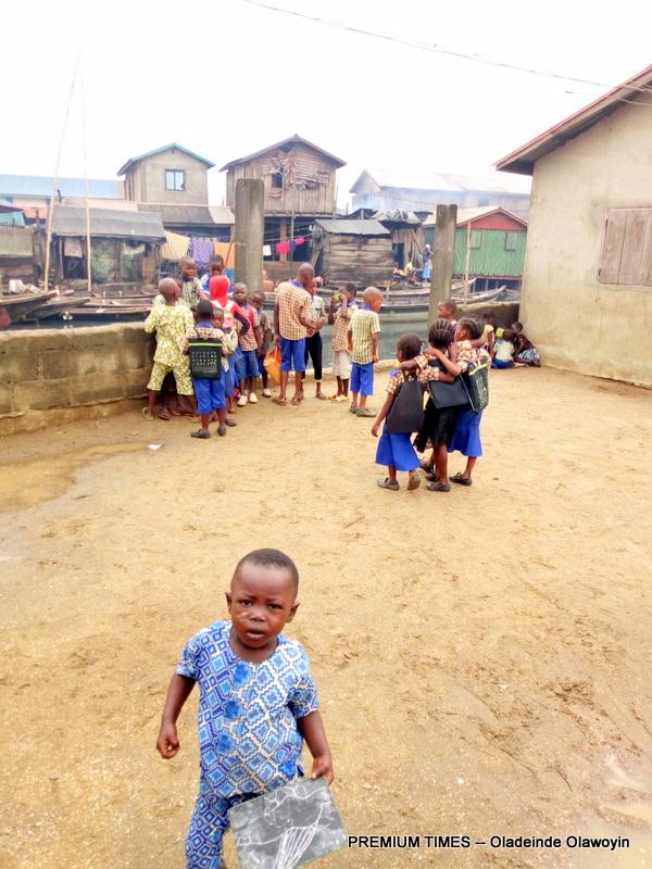 School children in Sogunro