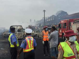 Several vehicles burnt as petrol tanker catches fire in Lagos