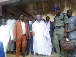 Joshua Dariye being led away by EFCC