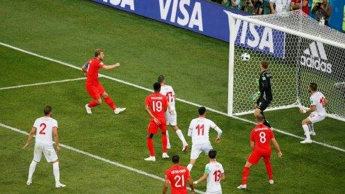 Kane scores