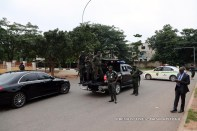 Security agents reportedly lay siege on Saraki, Ekweremadu's residences