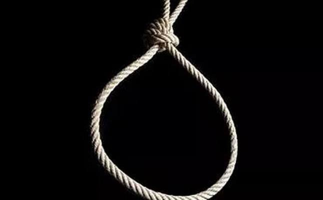 Suicide rope used to illustrate the story.
