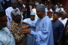 Saraki being welcomed by fellow party members in Abuja Thursday [photo: pulse.ng]
