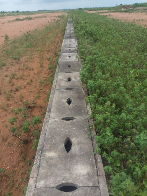 Drainage system for the runway