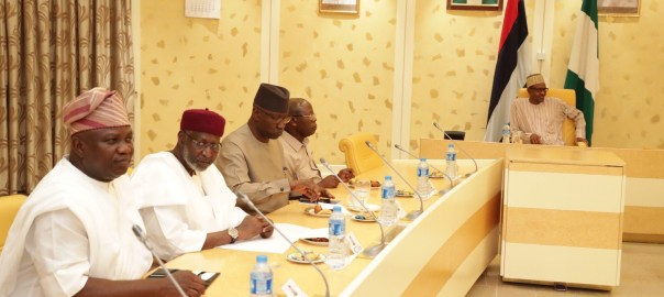 President Muhammadu Buhari in a meeting with APC Governors. [Photo credit: Official twitter handle of Bashir Ahmaad]