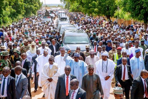 President Muhammadu Buhari's 800m Daura walk