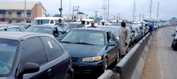 Traffic jam at Abuja-Kaduna Expressway