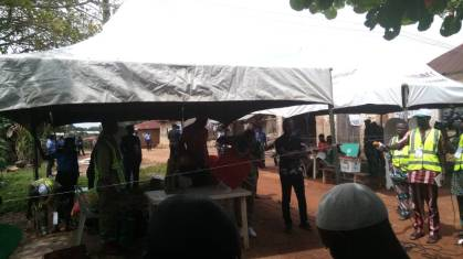 INEC Officials commence Vote counting in unit 12 Olode Ward 7, Adereti Village Ife South.