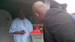 Bisi Akande votes, speaks on APC's chance
