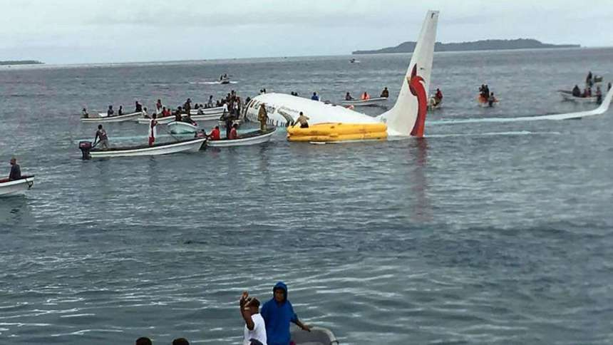 Air Niugini flight in water used to illisutrate the story. [PHOTO CREDIT: DNA India]