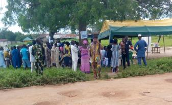 Voting is very peaceful in Ifon Orolu Local Government, Olufon Orolu D (Ward 4), RCM Primary School (Polling Unit 2) as at 9:37AM. Party agents are far away from the Ballot Boxes and Voting Cubicle.