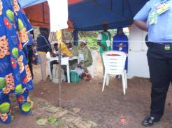 At 10:03am pu 004 ward 8 ileogbo Ayedire local govt has 851 registered voters with one Voting point. The PO complained that the card reader doesn't recognized the finger print of the old men and women and they were asked to wash their hands before coming to vote. There are 11 security personnel present at the polling unit and all voters are on queue inside the sun.