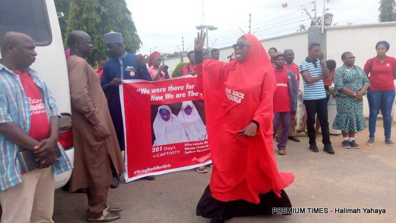 Sorow, tears as BBOG members visit Red Cross office.