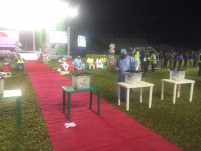 Atiku Abubakar casting his vote