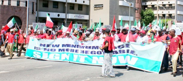 Joint NLC, TUC, ULC nationwide protest over alleged recalcitrance of government and employers to pay adequate minimum wage, at the Federal Secretariat in Abuja on Tuesday (30/10/18). 05389/30/10/2018/Deborah Bada/BJO/NAN