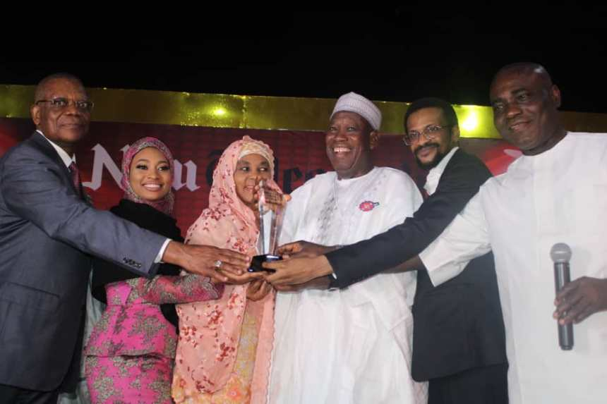 Governor Abdullahi Ganduje of Kano State receiving award as the Best Governor in 2018 in the areas of health and education
