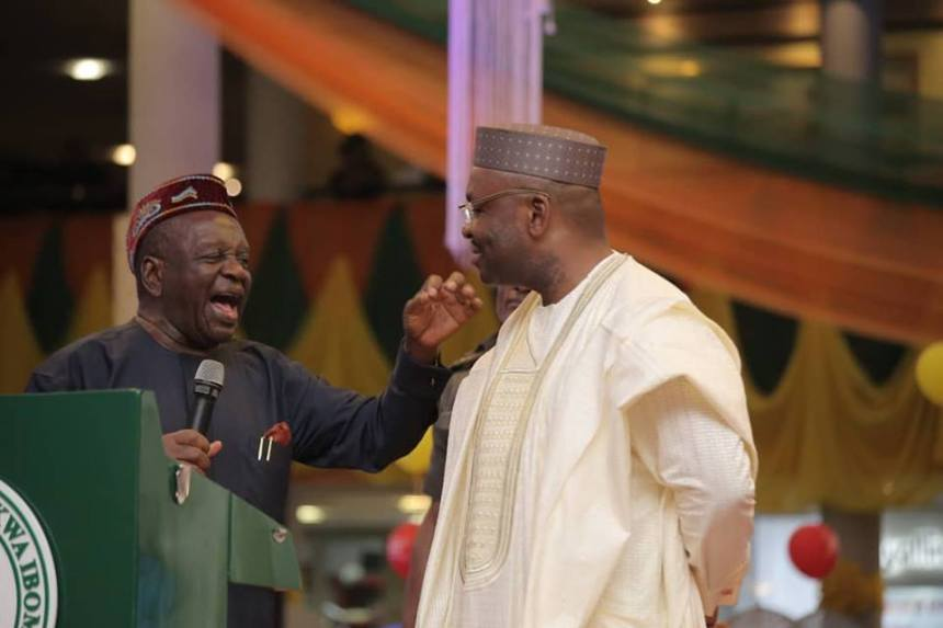 Victor Attah (left) with Governor Udom Emmanuel (right) at the state banquet organised in Uyo to mark Mr Attah's 80th birthday1