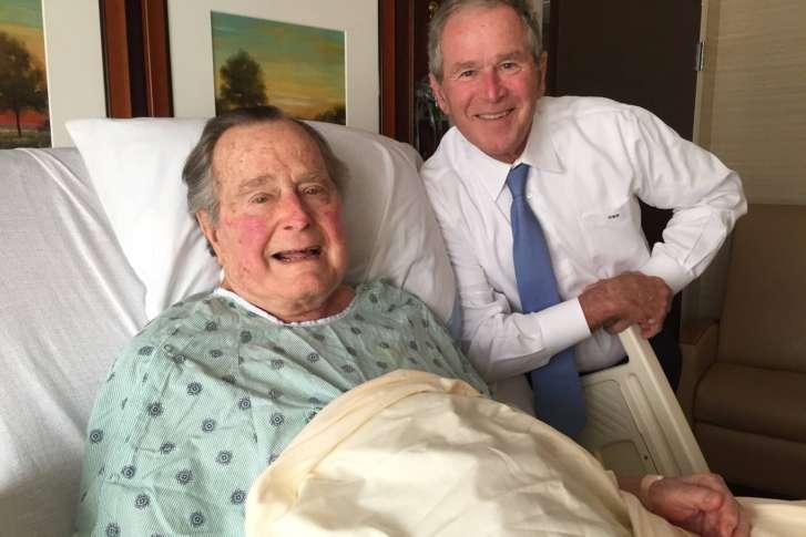 Former-U.S.-President-George-HW-Bush, dies at 94. Right is George Bush Jnr, the 43rd US President