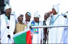 President Muhammadu Buhari campaigning in Kano State. [PHOTO CREDIT: Akinwunmi Ambode]