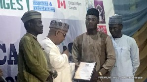 Winner of the Investigative Journalist category, Olufemi Alfred.