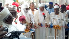 The Sultan of Sokoto commissioning the mosque in Borno