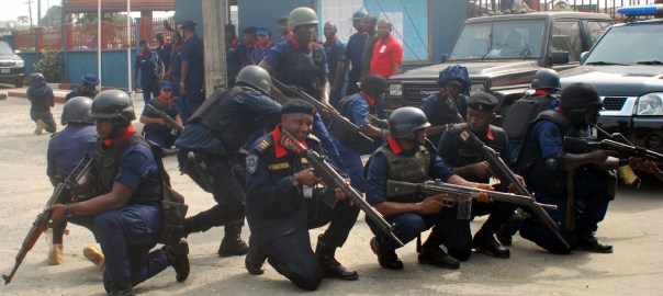 FILE PHOTO: Nigeria Security and Civil Defence Corps (NSCDC) personnel training in preparation for the 2019 General Elections in Port Harcourt on Monday (18/2/19). NSCDC have deployed 60,000 personnel nationwide for the elections. 01489/19/2/2019/Chidi Ohalete/BJO/NAN