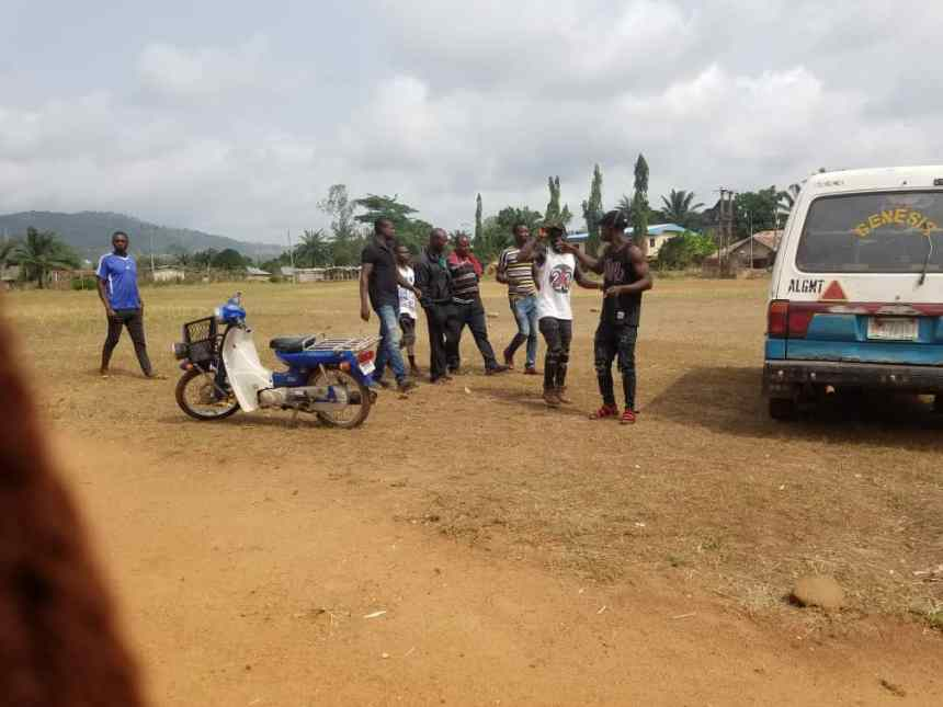 10:26am. Ward 1, PU 007. Enugu state. Thugs hired by APC says they have been charged to monitor elections and cause trouble where necessary