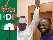 Kannywood entertainer Adam Zango poses with PDP's presidential candidate, Atiku Abubakar.