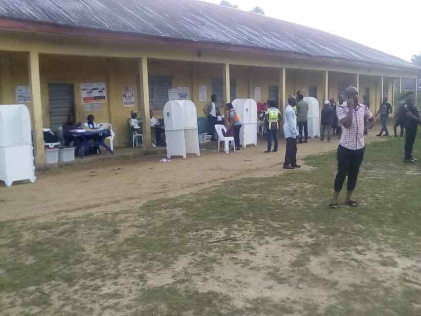 7:20 Uyo LGA Ward 6, Unit 12 Materials have arrived. Voters and officials are ready, waiting for 8AM.