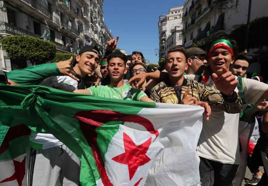 Algerians protest against President Abdelaziz Bouteflika in Algiers, Algeria, 29 March 2019 [Photo: The Conversation - EFE/Mohamed Messara]