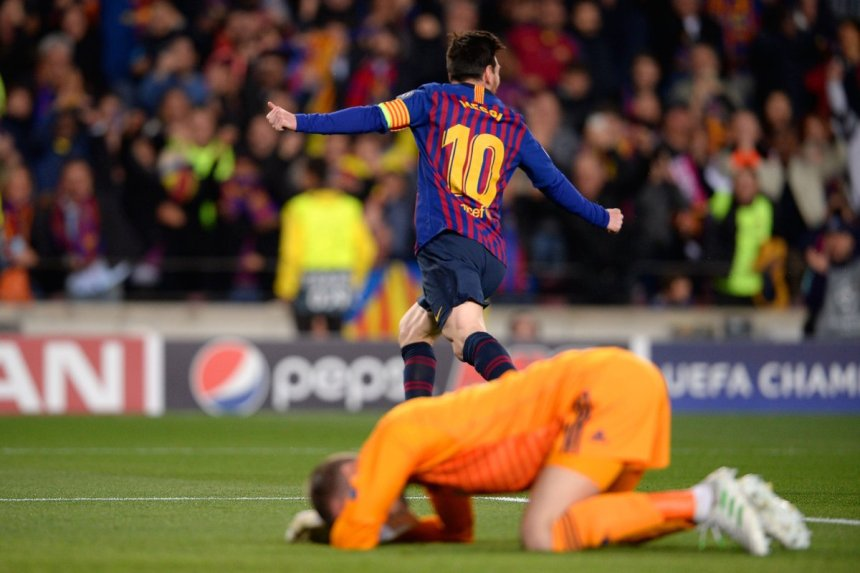 Lionel Messi celebrates his goal against Manchester United at Camp Nou during the second leg of the UCL 2019