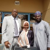 Zainab Aliyu with officials of the Nigerian Consulate in Jeddah, shortly after her release from prison. [Photo: MFA / @Naslawal]