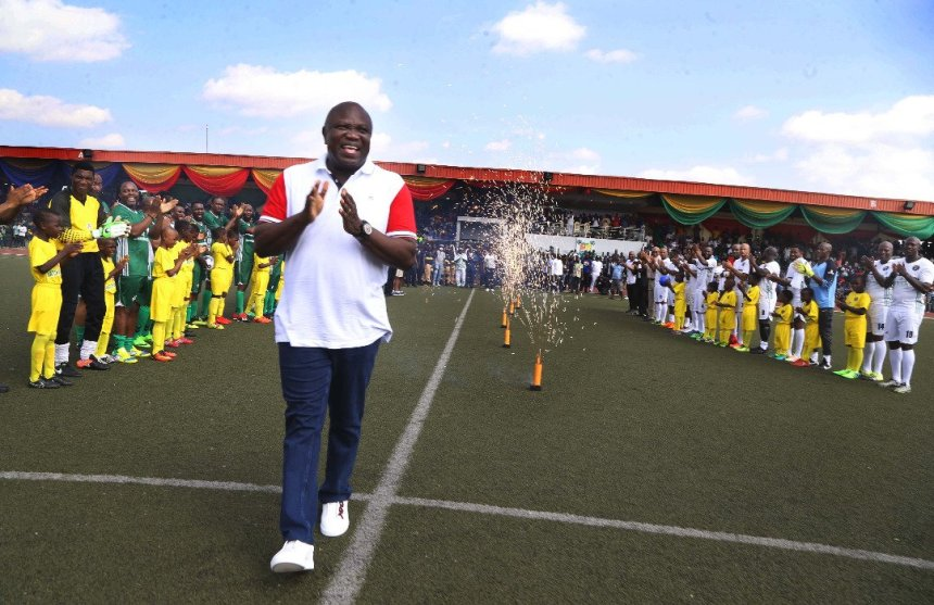 Football legends from Nigeria and other African countries converged today at the Agege Stadium to play a testimonial football match in my honour; to mark the end of my tenure as the Governor of Lagos State. [Photo: @AkinwunmiAmbode]