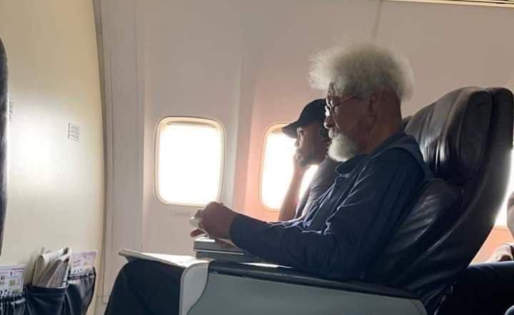 Wole Soyinka on the Airplane (Photo: Twitter)