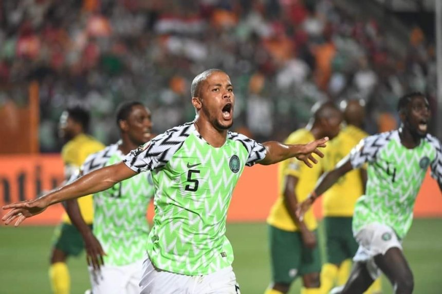Super Eagles celebrate win against South Africa. [PHOTO CREDIT: Official Twitter handle of the SUper Eagles]