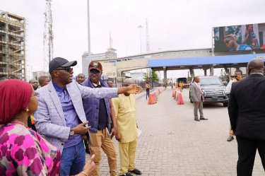 R-L: Secretary to the State Government, Mrs. Folashade Jaji; Lagos State Governor, Mr. Babajide Sanwo-Olu; Head of Service, Mr. Hakeem Muri-Okunola and Permanent Secretary, Ministry of Transportation, Dr. Taiwo Salaam during an inspection tour of the Lekki-Admiralty Toll Plaza on Wednesday, July 10, 2019.