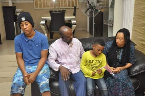 Rivers SSG, Tammy Danagogo, with the family of late Colonel Ken Elemele