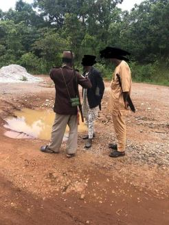 Herdsmen seen allegedly mounting roadblocks in Ondo state [Photo: Kayode Ajulo]