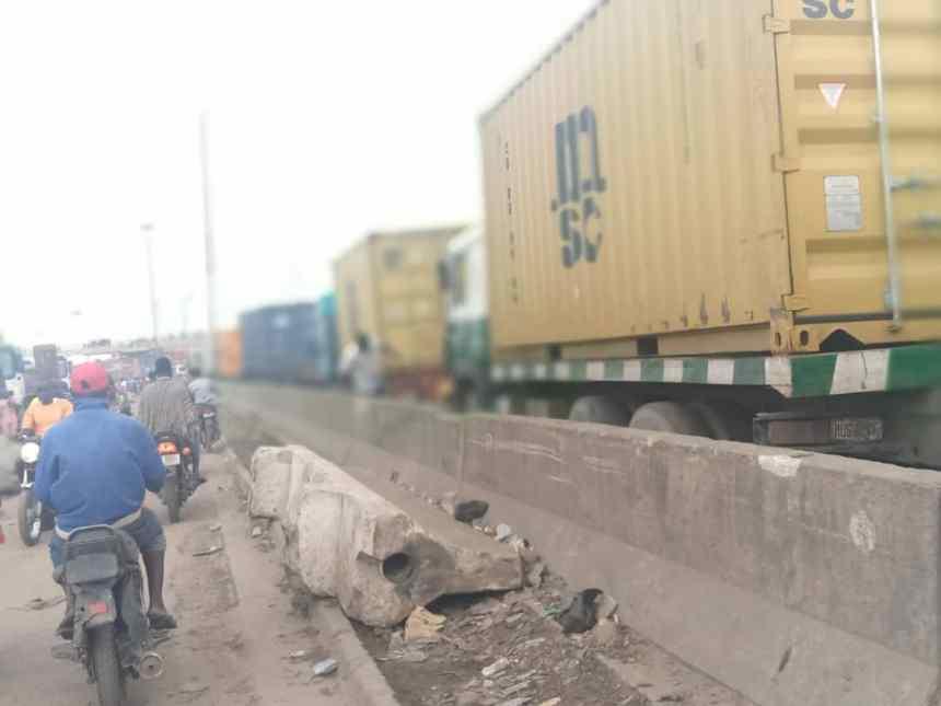Trucks on the Oshodi-Apapa port road
