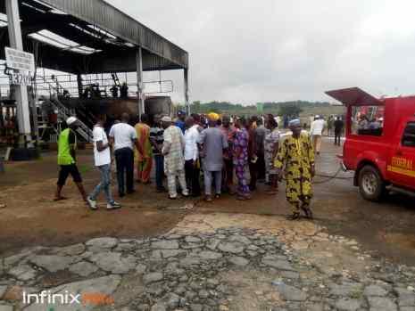 Many injured as fire guts NNPC Ibadan depot