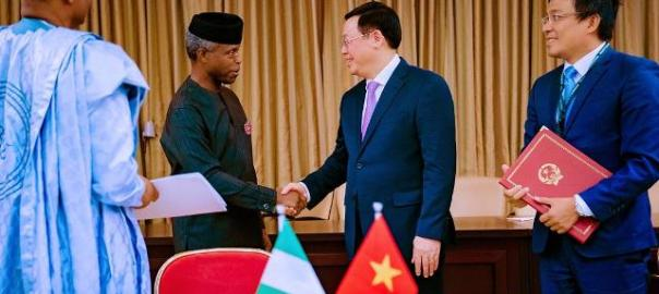 VP-Osinbajo-recieves-Vietnamese-Deputy-Prime-Minister-Vuong-Hue-at-the-Presidential-Villa