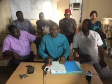 Members of Medical and Dental Consultants' Association of Nigeria addressing a press conference in Awka on Wednesday