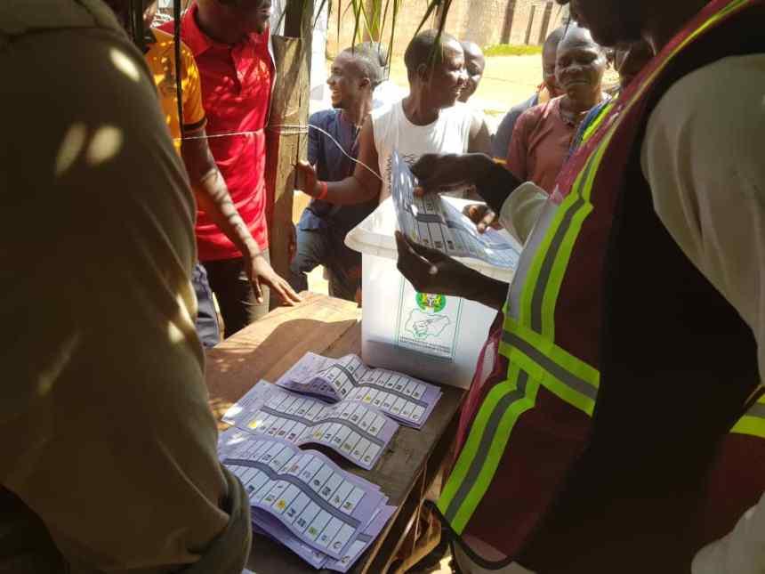 At 2:23 PM PU 002 WARD 06 counting of ballot papers going smoothly at Idah Ede igalaba Kogi East LGA