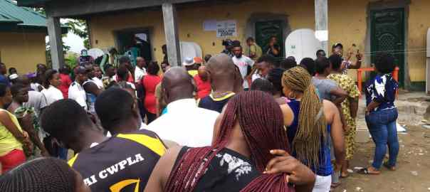 "11:35a.m. Voting is yet to commence at Unit 17, Ward 5, Yenagoa. An ad hoc official of INEC told PREMIUM TIMES that the delay was caused by ""logistics and security challenges"". Voters are patiently waiting in the line, ready to cast their votes."