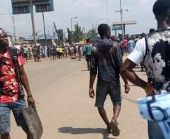 Crisis at Jakande market, Ketu as soldiers evade the market, evacuate traders