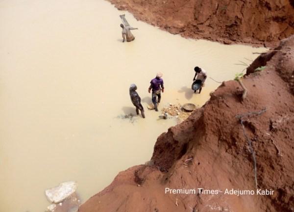 Illegal miners @ Akad, Ilesha