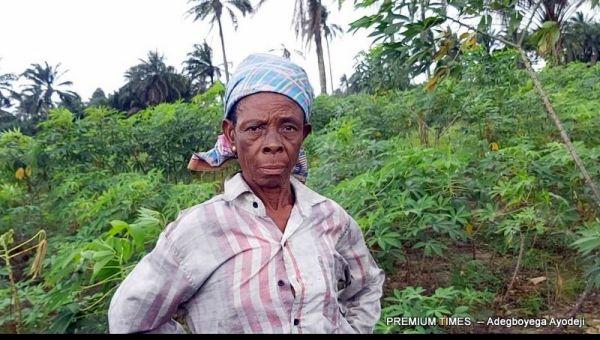 Anthonia vipena in her farm