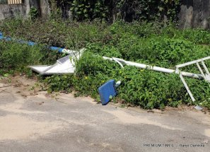 Fallen Solar-powered street light in Mmahu
